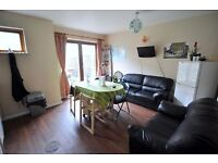 LARGE DOUBLE ROOM with LIVING ROOM and GARDEN !