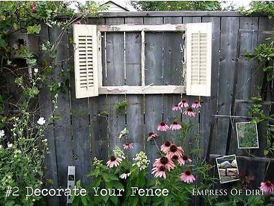 Oder dekoriere Deinen Gartenzaun
