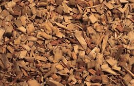 Wood chips for gardens or riding arenas