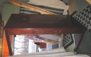 Large Wood Office Desk with drawer,Bombay company,delivery $$