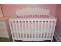 Graco Victoria Convertible Crib