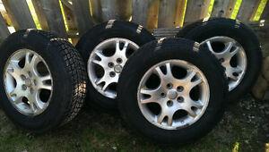 Like New Winter Tires on Caravan Rims 215/70R16 Windsor Region Ontario image 4