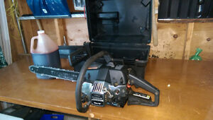 "Poulan 18"" Chainsaw with case"