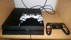 Ps4 with 2 controllers West Island Greater Montréal image 2
