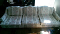 Antique couch - Great condition (150$ OBO)