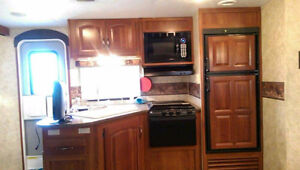 31' Camper Rental in Cavendish