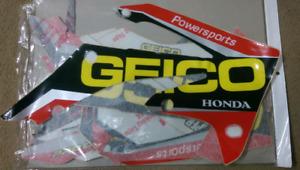 Honda CRF150R Geico Honda Factory graphics kit