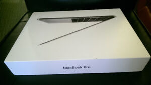 Macbook pro 2017 13 inch 256gb hard drive with beats solo3