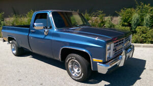 1986 Chevrolet C-10 Pickup Truck
