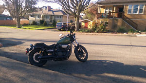 """2014 yamaha bolt rspec with 2"""" vance and hines plus riding equip"""