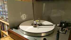 Buying Vinyl Records and quality stereo equipment London Ontario image 1