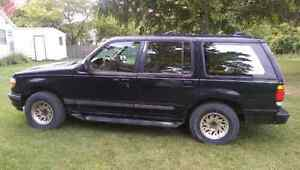 95 Ford Explorer Limited London Ontario image 2
