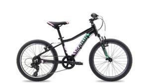 """Vélo de montagne 20"""" fille neuf"""