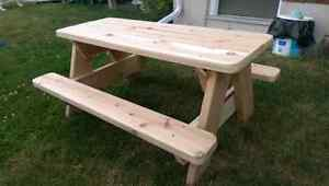 Cedar picnic table (built and ready for sale) Peterborough Peterborough Area image 3