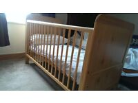 Cot bed in perfect condition without mattress