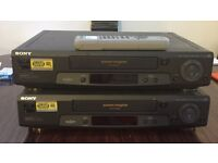 Pair of Sony VCRS model SLV SE70 with 1 remote control