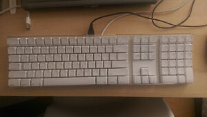 Apple Keyboard (US) (A1048)