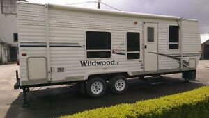 25 ft Forest River Wildwood LE