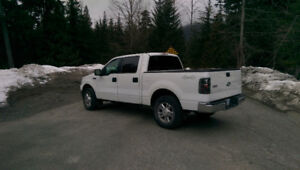 2006 Ford F-150 (Low kms) SuperCrew XLT Pickup Truck