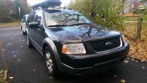 Ford Freestyle SEL AWD 2006 7 Passenger