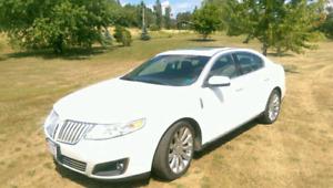 2010 Lincoln MKS 3.5 L EcoBoost