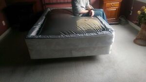 Waterbed - Size Double London Ontario image 2