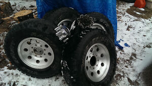 LT 265/75/R16 tires and rims
