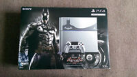 Limited Edition Batman PS4 w/extras