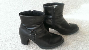 "Ladies ""Martino"" heel boots. Size 9"