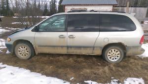 2000 Dodge Grand Caravan for parts