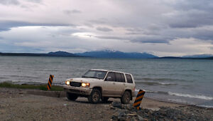 1995 Isuzu Trooper Limited SUV, Crossover