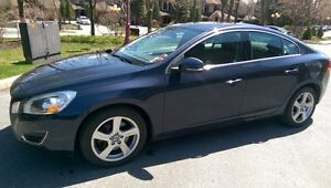 2012 Volvo S60 T5 level 2 Berline 64,000Km
