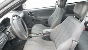 2001 Chevrolet Cavalier Sedan Downtown-West End Greater Vancouver Area image 3