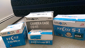 New Minolta Vectis S-1+flash+case