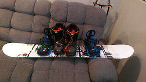 Snowboard setup, 300$ obo only used 1 season; board is 159cm