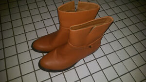 Women's Size 8 Unze London Boots - Caramel Brown Gatineau Ottawa / Gatineau Area image 1