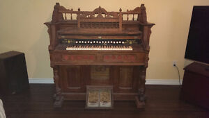 1910 Harmonium