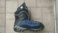 Merrell Continuum Sz 11.5 cold weather boots with Vibram soles
