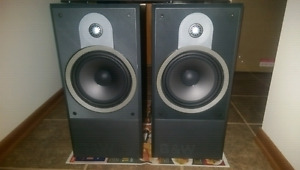 B&W SPEAKERS DM 610