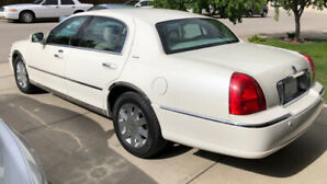 2004 Lincoln Town Car Ultimate Edition