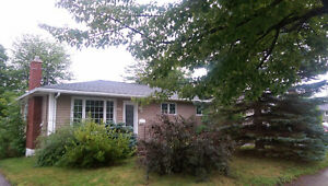 House for rent in Birchmount area - Utilities/Internet included
