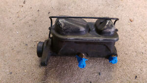 Ford mustang 87-93 parts ! And engine stuff Windsor Region Ontario image 4