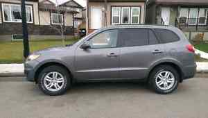 2010 Hyundai Sante Fe for sale priced to sell