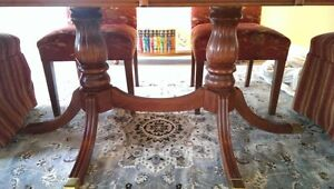 Dinning Table 4 to 12 people / 6 Parson chairs