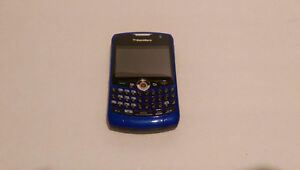 I have a Blackberry Curve-8330 London Ontario image 3
