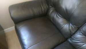 Great Quality Brown Leather Couch SET (Couch and loveseat)