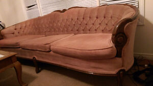 VICTORIAN STYLE SOFA, LOVE SEAT AND CHAIR Cambridge Kitchener Area image 1