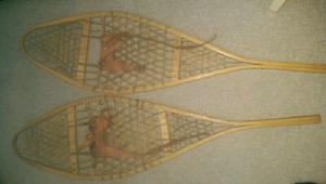 FOR SALE A MINT VINTAGE PAIR OF CANADIAN  SNOW SHOES