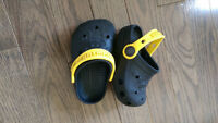 Toddler Boys Batman Crocs- size 4/5- asking $10