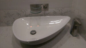 Bathroom Sink Vanity Faucet with Hot and Cold Water Mixer